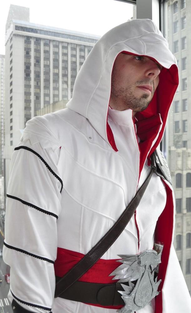 Ezio Auditore's Tunic and Doublet (4/4)
