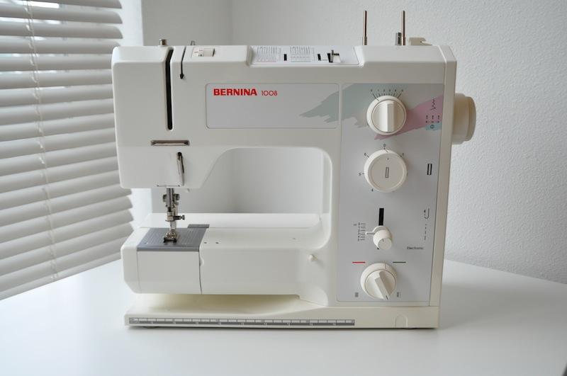 My semi-new Bernina 1008 (2/4)
