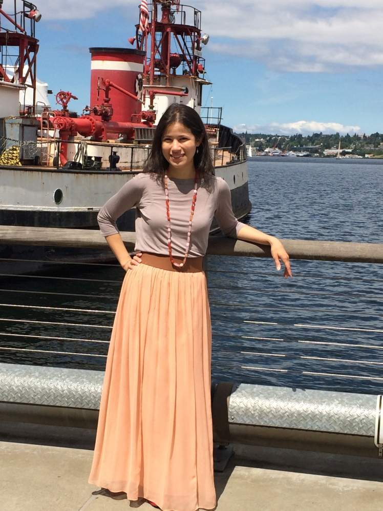 Walking Seattle's Historic Ship Wharf in my new skirt.