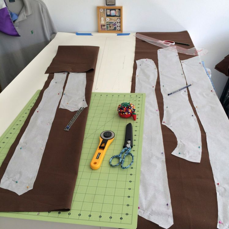Cutting out canvas backing for Leliana's coat of armor.